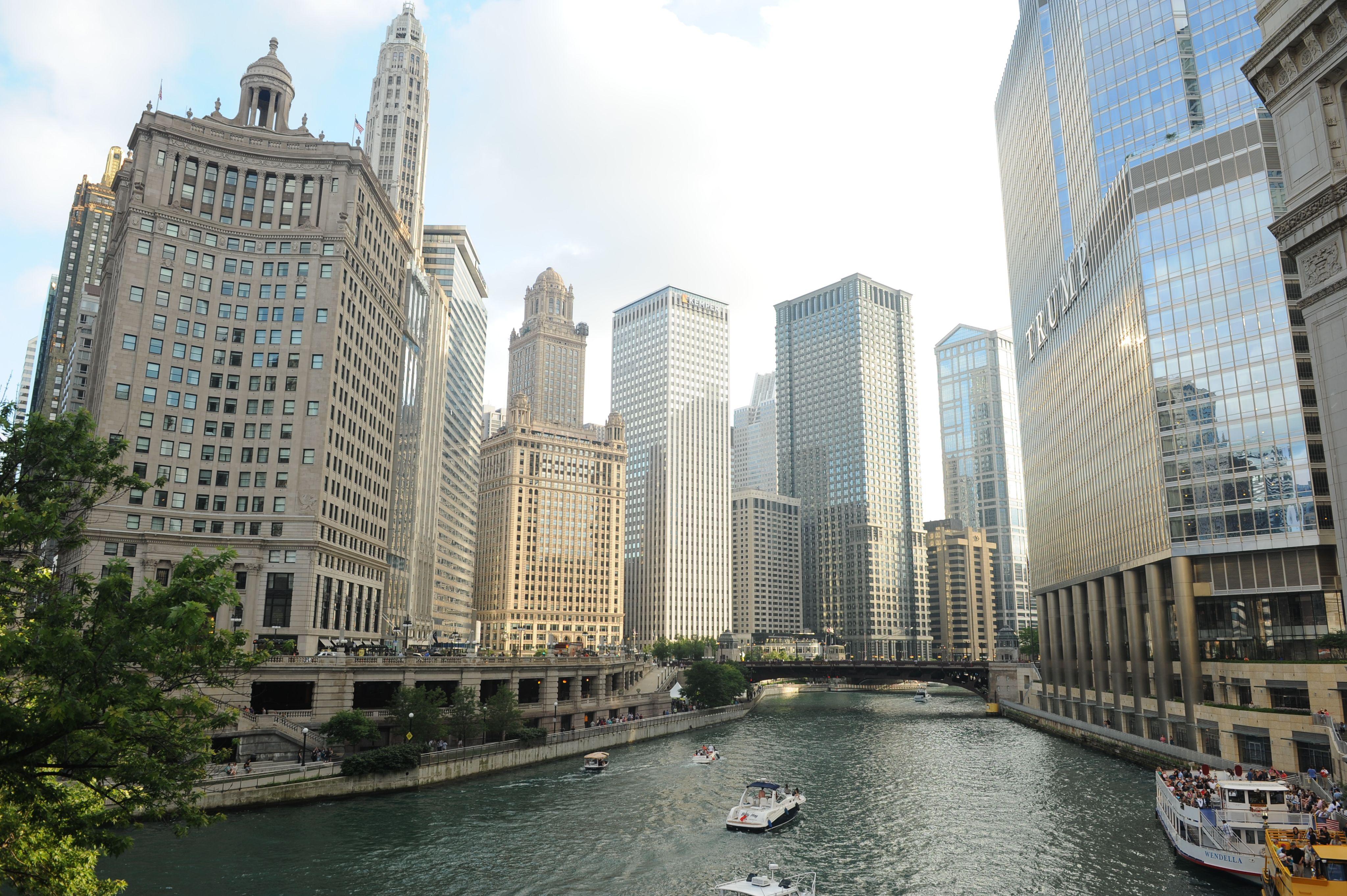 오후 2시 부터 late night 까지 즐기는 시카고