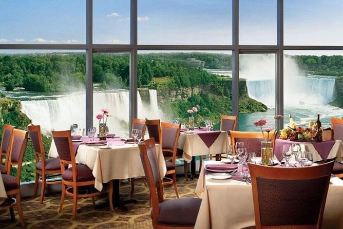Niagara Falls Tour from Toronto with Boat, Journey Behind the Falls and Lunch