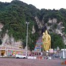DAY TOUR KUALA LUMPUR CITY, BATU CAVES & LITTLE INDIA