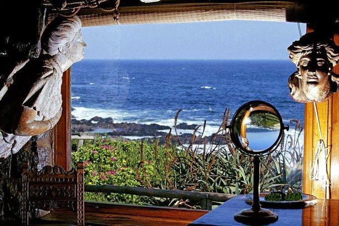 Nerudas Route Isla Negra and Undurraga Vineyard From Santiago