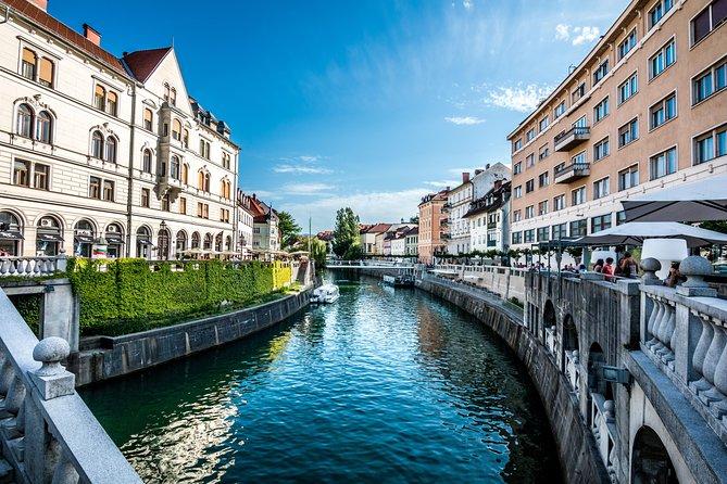 Ljubljana City Walk and Boat Cruise along the Ljubljanica