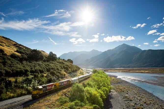 Arthur's Pass National Park with TranzAlpine Train Tour from Christchurch