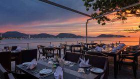 White Box 普吉岛海景网红餐厅预订 拍照约会欣赏日落品尝美食