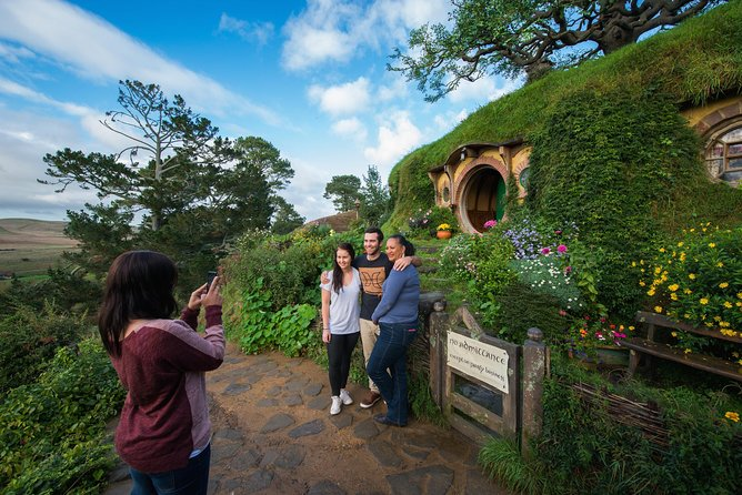 Exclusive Access Lord of the Rings Hobbiton Movie Set Tour