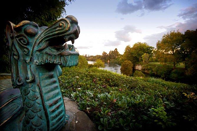 Hamilton Gardens & Hobbiton Exclusive Luxury Day Tour From Auckland