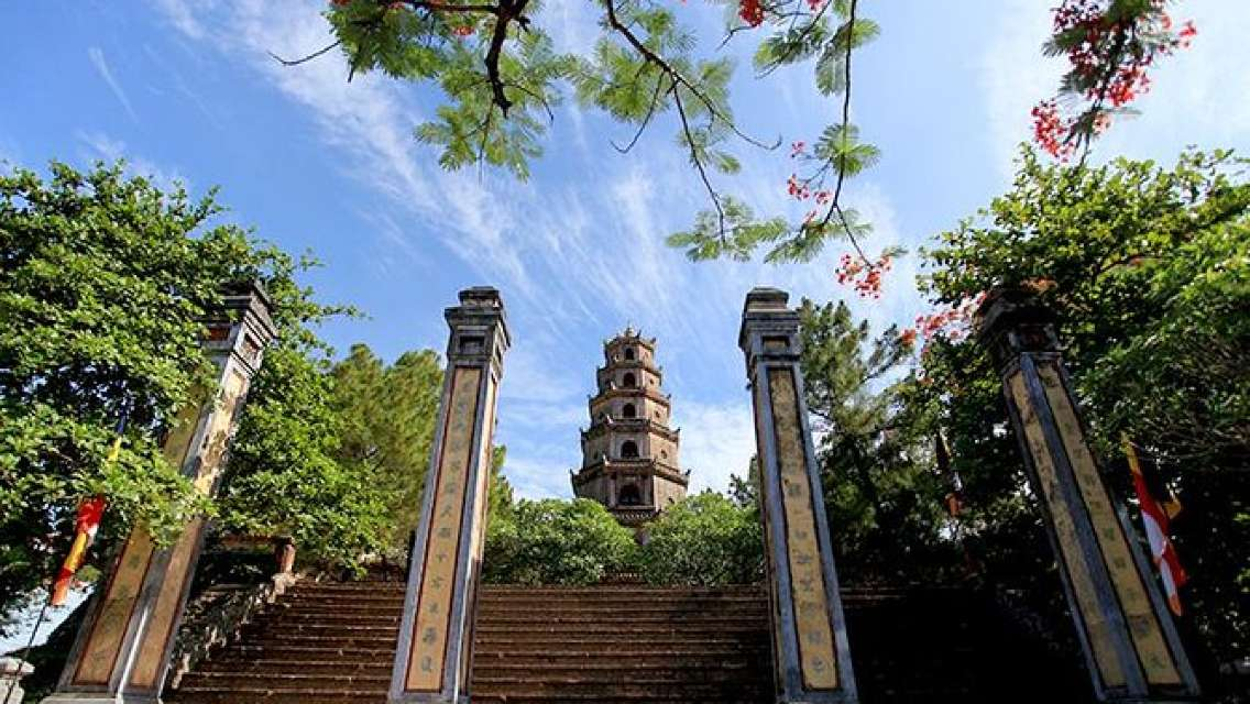 Shore Excursion: Full Day Hue City Tour from Chan May Port
