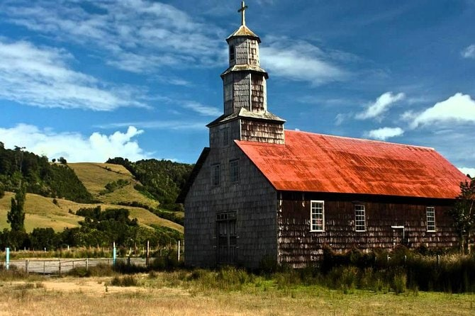 Full-Day Tour to Chiloé Island Including Ancud, Castro and Dalcahue from Puerto Montt