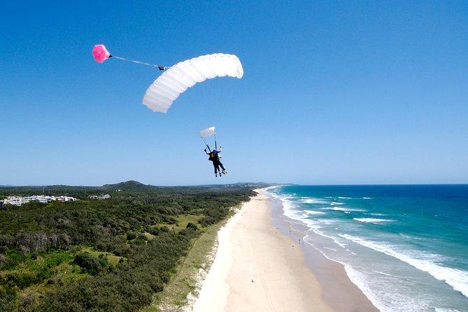 Skydive over Sunshine Coast with Beach Landing