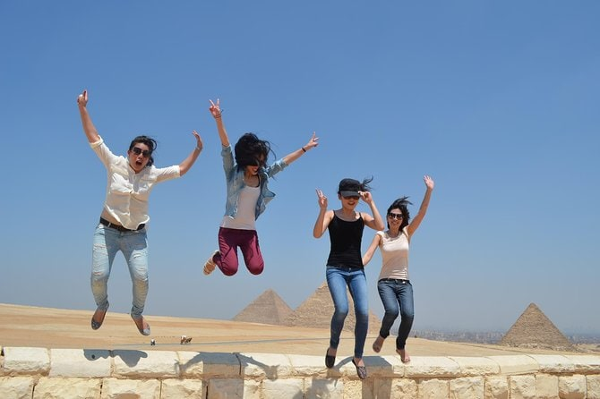 Cairo Day Tour to Giza including Nile Dinner Cruise and Lunch