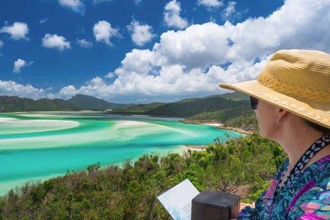 Whitehaven Beach and Hill Inlet Chill and Grill