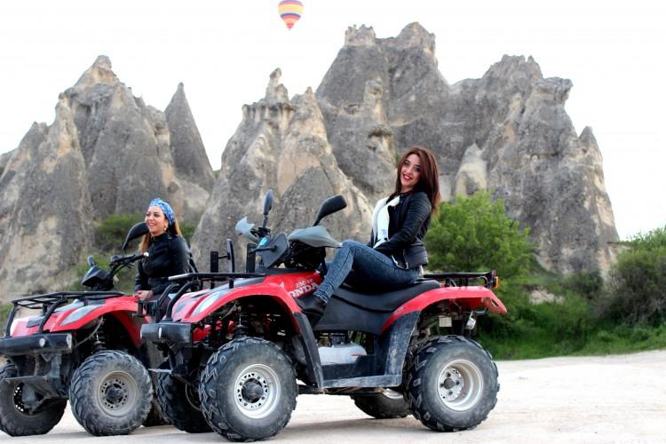 土耳其卡帕多奇亞格雷梅 ATV 與 UTV 探險 卡帕多奇亞四驅車