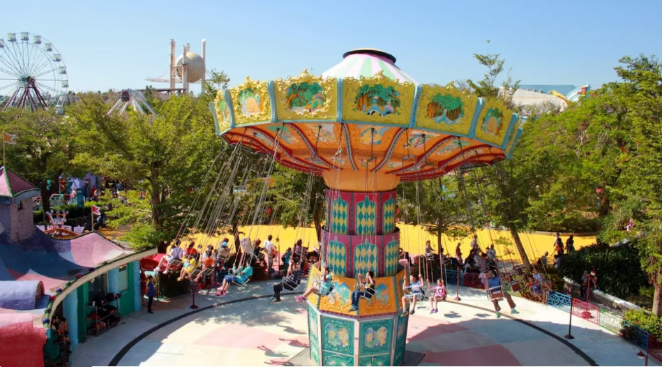 Lihpao Land Theme Park Combo Ticket in Taichung