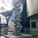 Bilbao private guide with transport, maximum 4 persons.