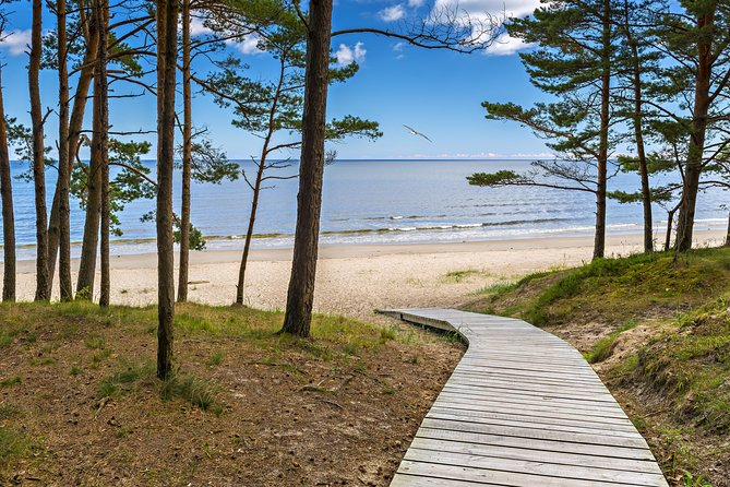 Full-Day Private Trip to Jurmala, Fisherman Villages and Nature Trails from Riga