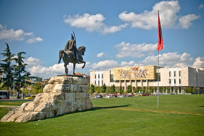 Private Transfer: Ohrid to Tirana