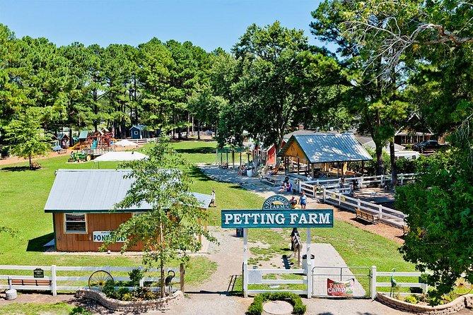 Skip the Line: Hunt Club Farm Petting Farm Ticket