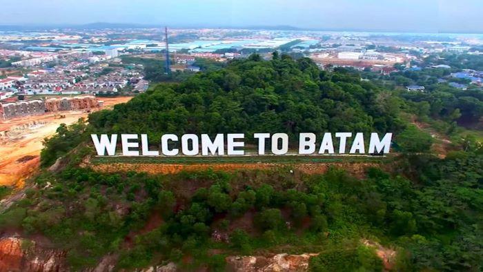 Batam Island Two-Days + One-Night Tour - Batik Painting