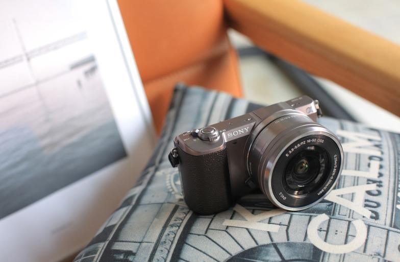 [카메라 대여] 소니 A5100 미러리스 대여