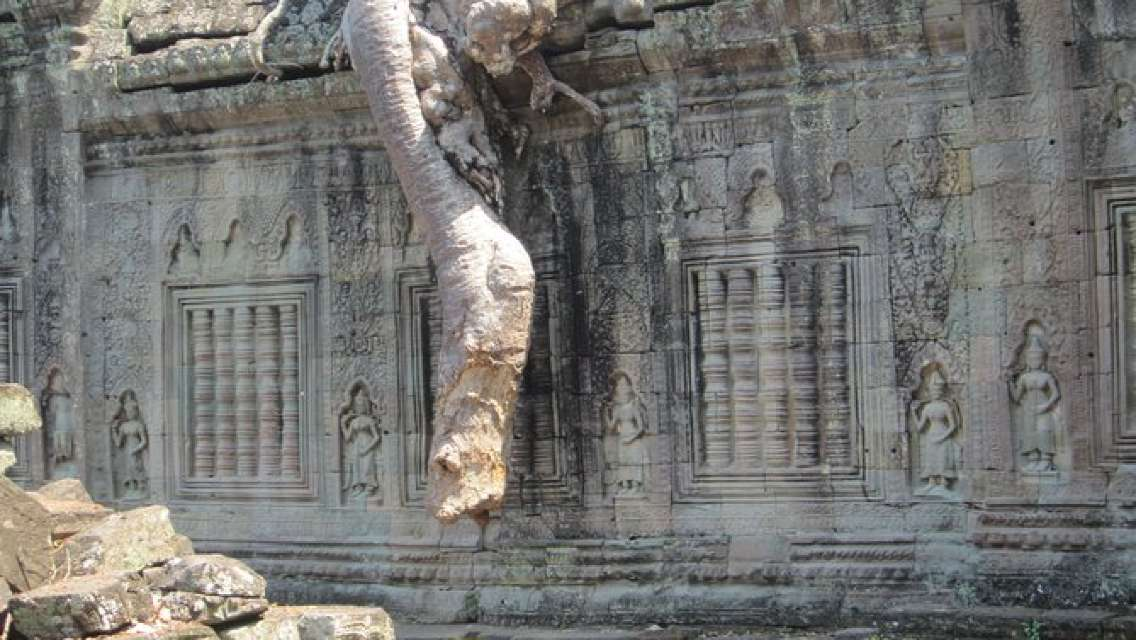 Angkor Grand Circuit, Banteay Srey and Banteay SamreTour