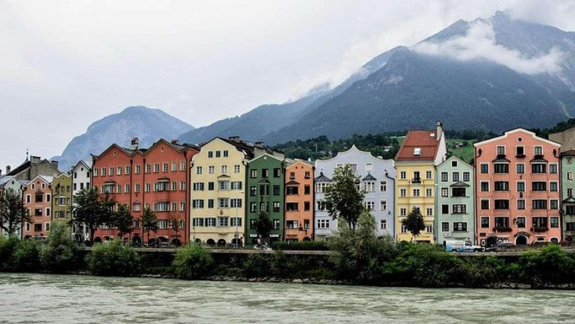 Innsbruck and Swarovski Crystal World Private Tour from Füssen