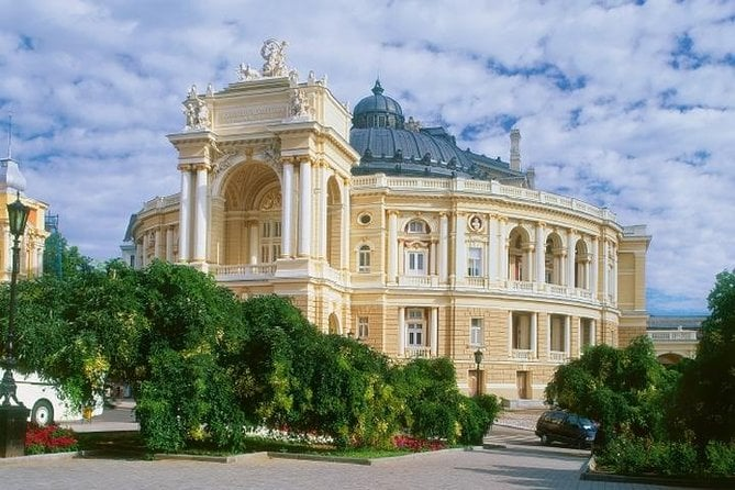 Private Sightseeing Walking Tour of Odessa with Local Guide