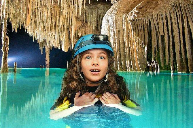 Cancun Combo Tour: Tulum Ruins Early Access Tour + Rio Secreto Nature Reserve