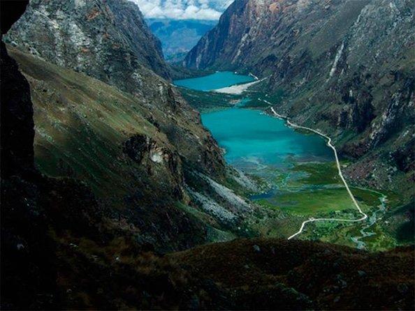 Mountain Biking to Llanganuco Lake from Huaraz