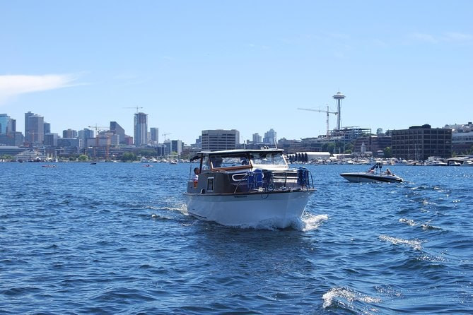 Private Seattle Lakefront Mansion Cruise