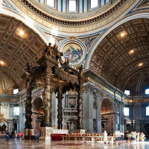 St. Peter's Basilica : Fast Entry Guided Tour with Vatican official guides