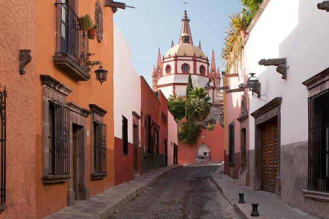 San Miguel de Allende: Private Tour From Mexico City