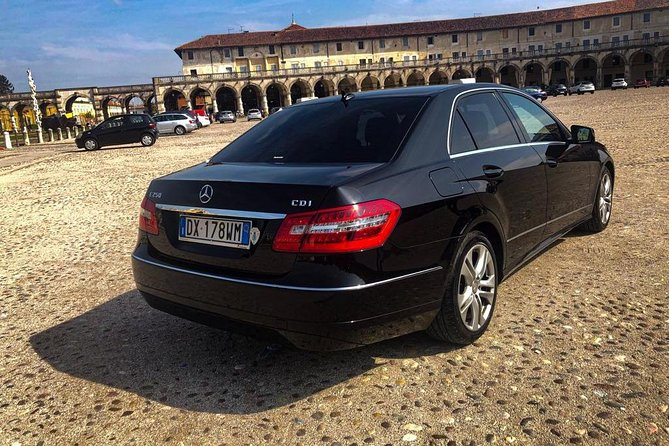 Bergamo Airport (BGY) - Milan / Reliable Private Car Transfer
