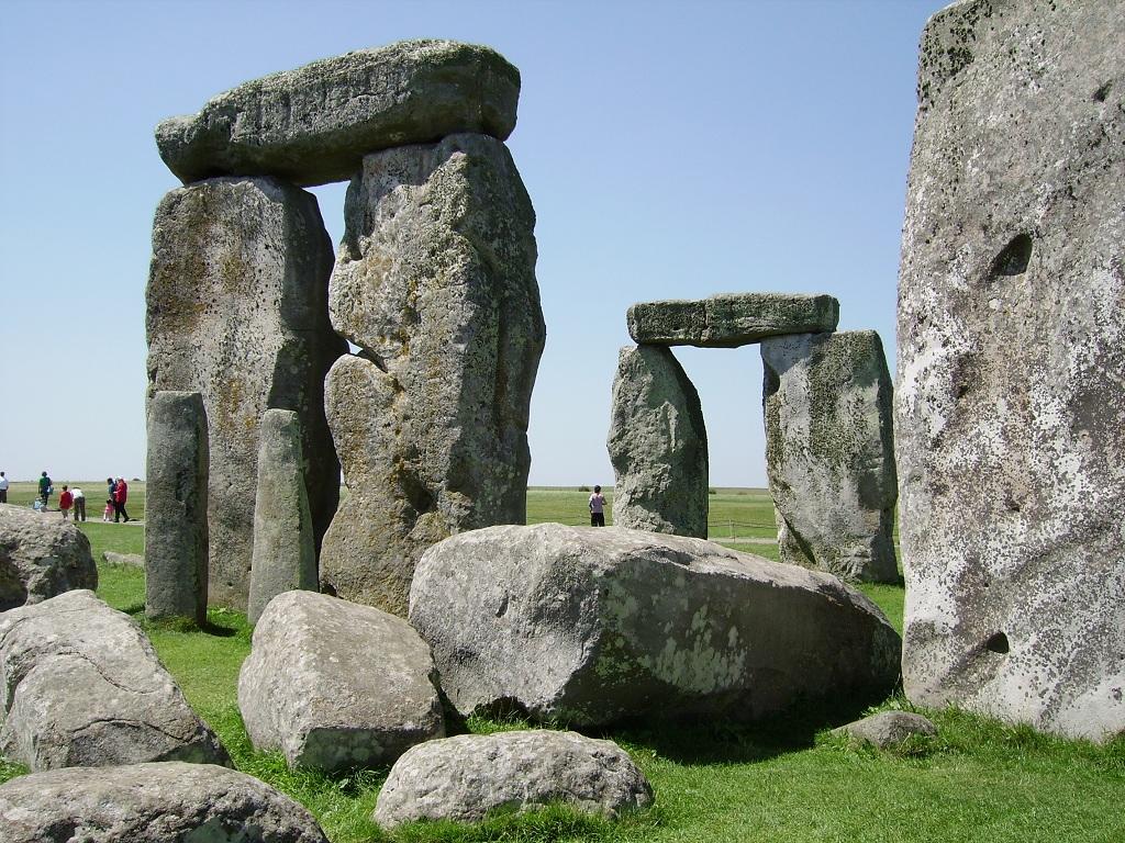 英國史前巨石陣+羅馬浴場+巴斯一日遊(倫敦出發  含中午簡餐  可選中英文導遊)