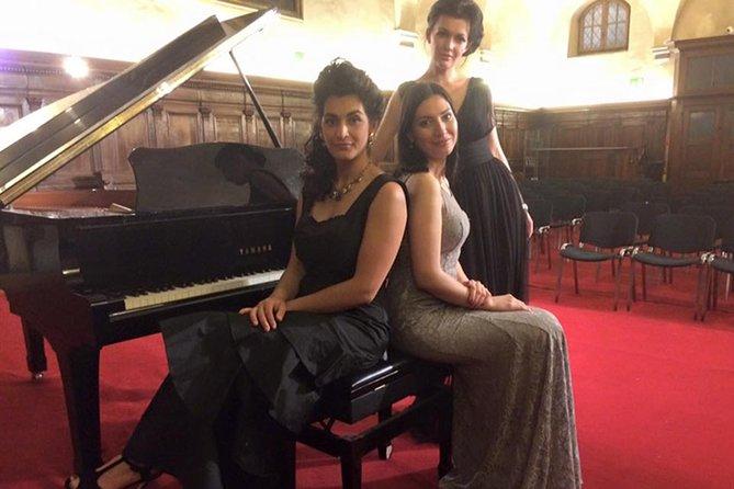 サンタ・マナカ教会で開かれるイタリア・オペラコンサート