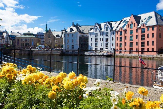 Alesund Shore Excursion: the Art Nouveau City Walk