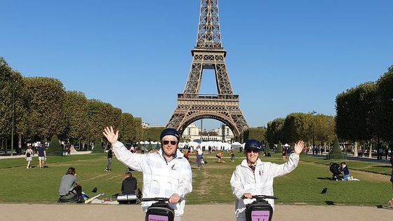 Segway tour in Paris + Eiffel Tower ticket (summit access)