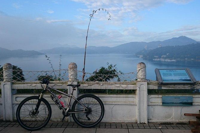 (2Days)Sun Moon Lake and Dong Fon Biking Green Corridor Biking Tour