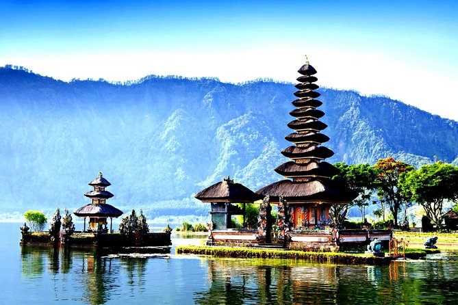 Pura Ulun Danu Bratan Travel Guidebook Must Visit