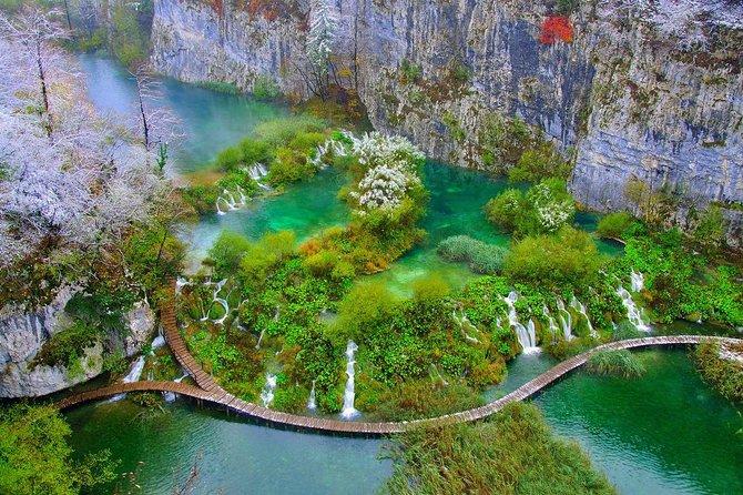 Plitvice Lakes and Zadar Full Day from Split or Trogir