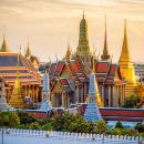 Private Grand Temples Along the Chao Phraya River [1/2 Day]