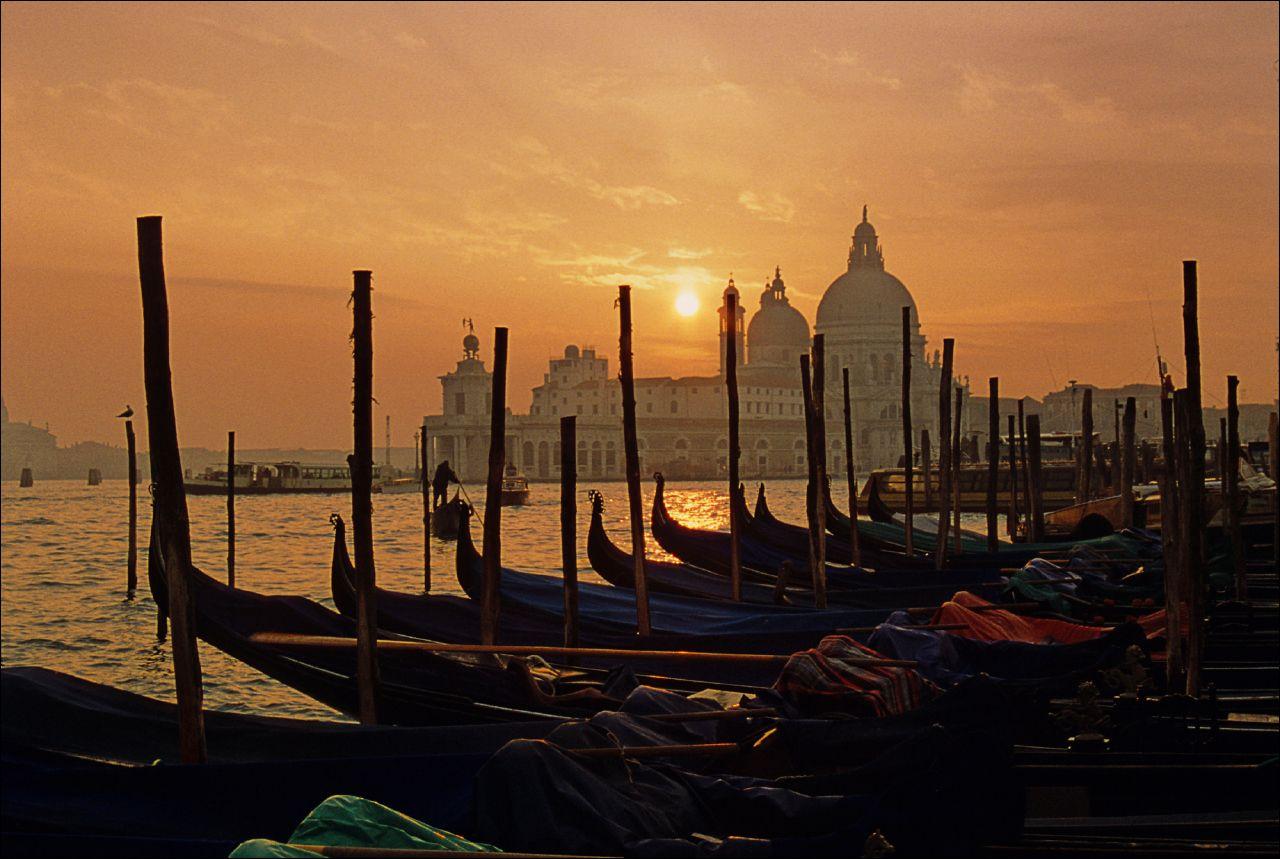 米蘭出發   威尼斯水上共和國即日來回一日遊(行程精緻緊湊,一日時間遊覽威尼斯精華)