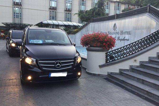 Departure Private Transfer from Ankara City to Ankara Airport ESB by Minivan