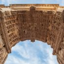 VIP Eternal Tours Rome: Triumphal Arches & Colosseum Combatant's Gate Ticket