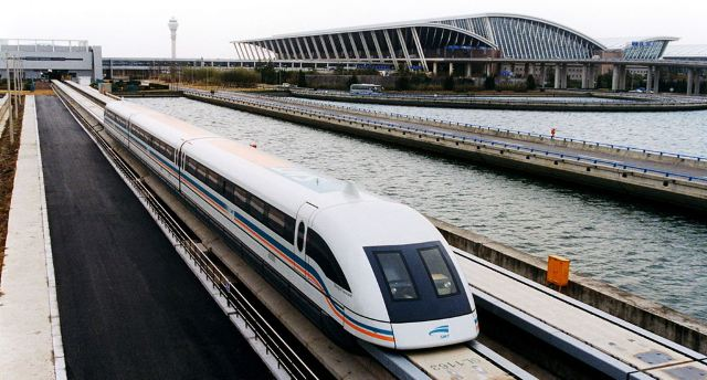 Engineering Marvels in China: From the Great Wall to the World's Fastest Train