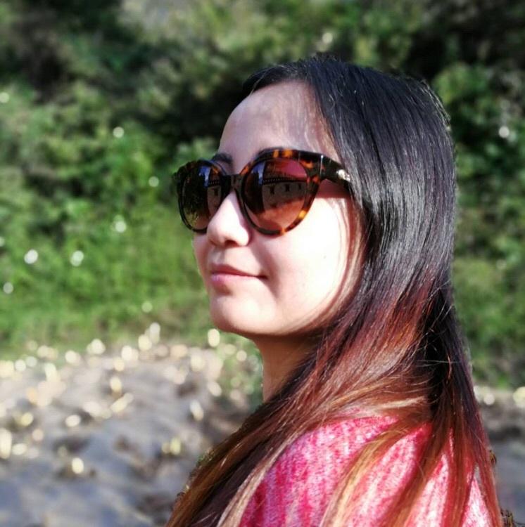 milan_girl