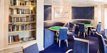 棋牌室和图书馆