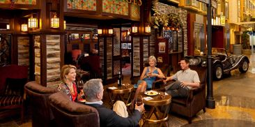 怀旧红酒酒廊