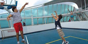 甲板运动场