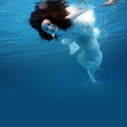探索海底的疯狂