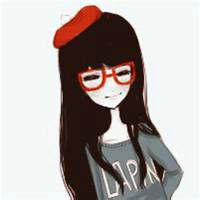 戴眼镜的小美女