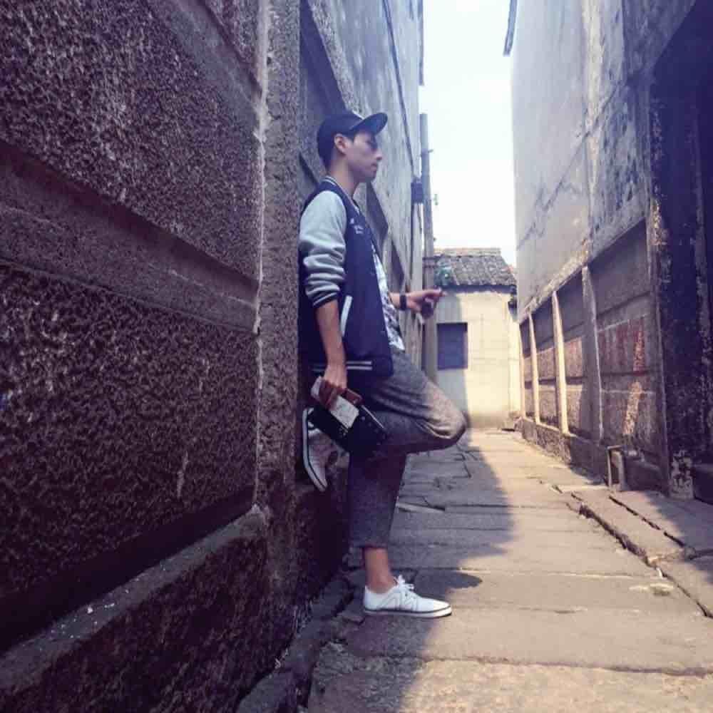 Tourist_Y9c
